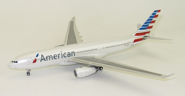 A330-200 (American Airlines) N280AY With Stand  IF3320916