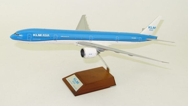 B777-300ER (KLM Asia) PH-BVB With Stand  XX2447
