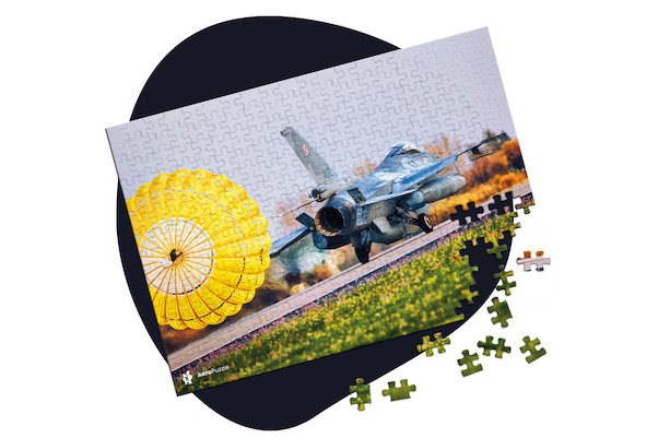 Jigsaw puzzle: F-16 Hawk Polish Air Force 1000 pieces  PUZ F16 HAWK