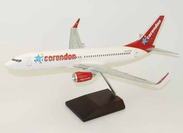 Boeing 737-800 Corendon PH-CDF  PA102