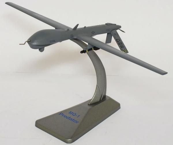 MQ-1 Predator USAF Nellis Air Force Base (1:72)