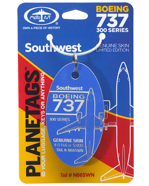 Keychain made of real aircraft skin: Boeing 737 N665WN Southwest (blue)  737 N665WN BLUE