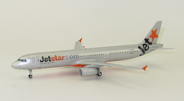 A321 (Jetstar) VH-VWZ With Stand  LH2070