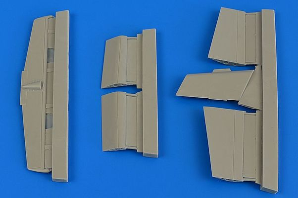 L29 Delfin Flaps and control surfaces (ICM)  4695