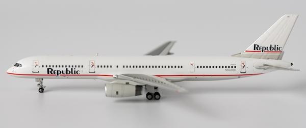 b757 200 republic airlines n602rc aviationmegastore com