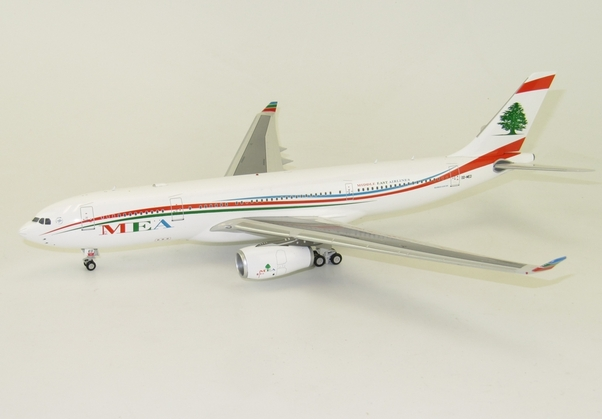 A330-200 (MEA Middle East Airlines) OD-MED with stand (Inflight 200  IF23300915)