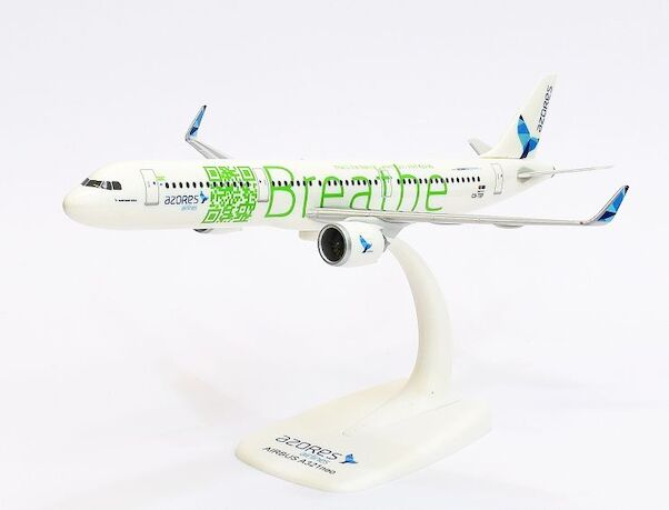 Airbus A321neo SATA Azores Airlines BREATHE CS-TSF  611947