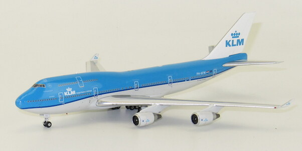 B747-400 (KLM) PH-BFW  with  (incorrect) grey coloured bottom !! SPECIAL OFFER  04202 GREY