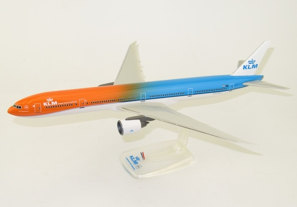 Boeing 777-300ER KLM Orange Pride   PH-BVA  220150