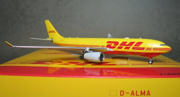 A330-200F (DHL, European Air Transport -EAT) D-ALMA  BOX18025
