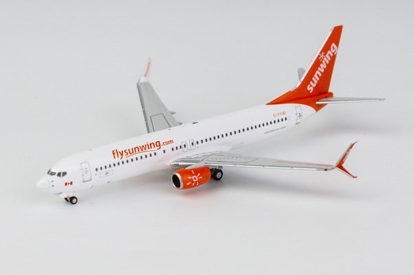 Boeing 737-800/w Sunwing Airlines C-FYJD with scimitar winglets  58088