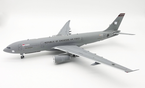 A330-243MRTT (Republic of Singapore Air Force) EC-333/MRTT033 With Stand  IFMRTTSAF001