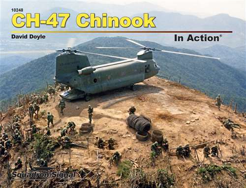 CH47 Chinook in Action  9780897478410