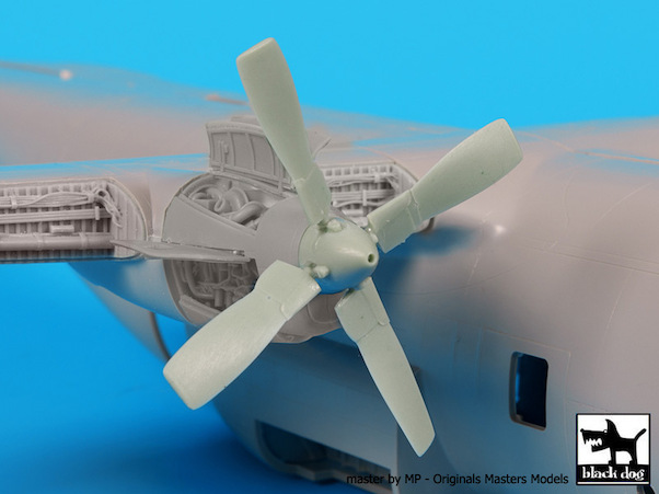 C130H Hercules Allison Propeller 4x (Italeri) (should also fit KLU C130H...)  A72042