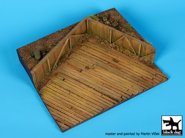 Airfield WW2 Base (165x140mm)  BDD72055