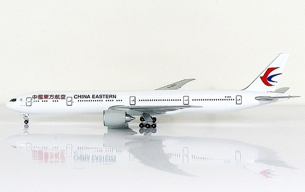 Boeing B777-300ER China Eastern Airlines B-2001  0799CE