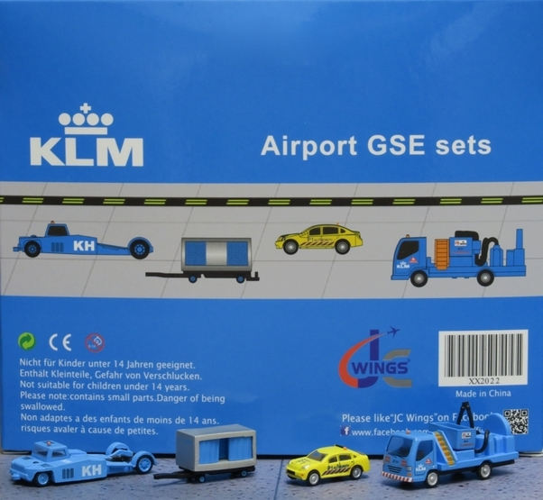 Airport GSE Sets (KLM Paymover pushbacktruck, Closed cart, Car, Water truck) Set 2  XX2022