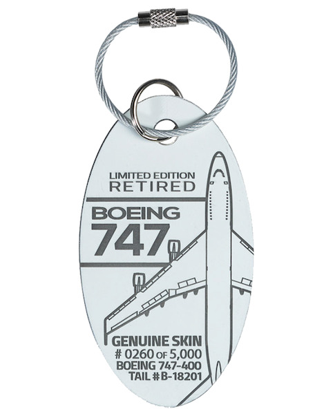 Keychain made of real aircraft skin: Boeing 747-400 B-18201 China Airlines  747-400 B-18201