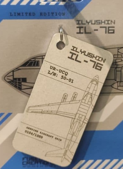 Keychain made of real aircraft skin: Ilyushin IL-76 UR-UCQ white  10004782