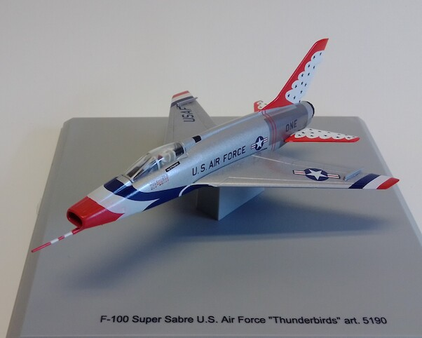 North American F-100 Super Sabre USAF Thunderbirds 'One'  5190