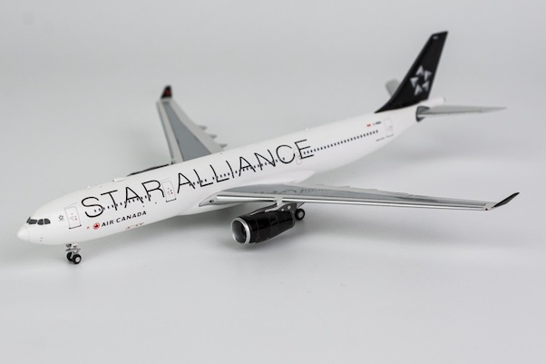 Airbus A330-300 Air Canada Star Alliance C-GEGI  62011