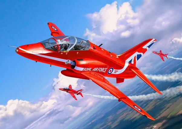 BAe Hawk T-1 (RAF Red Arrows)  04921