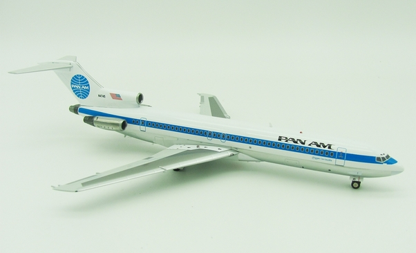 B727-200 (Pan Am) N4745 With Stand  IF7221117P
