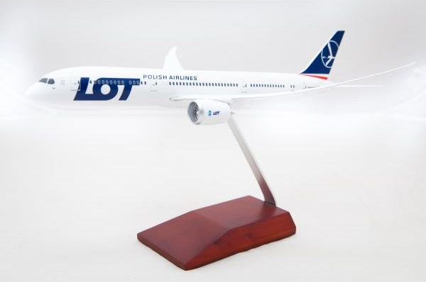 Boeing 787-9 Dreamliner LOT Polish Airlines SP-LSA  TD014