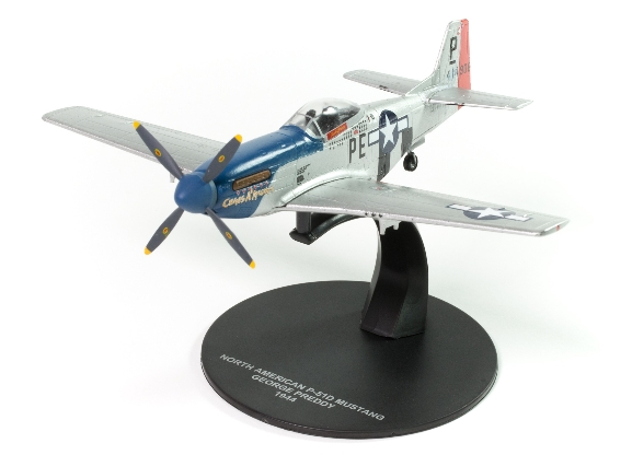 North American P-51D Mustang USAAF George Preddy 1944  JR07
