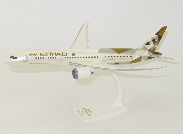 Boeing B787-9 Etihad Airways A6-BLA Official airline promo box.  710636