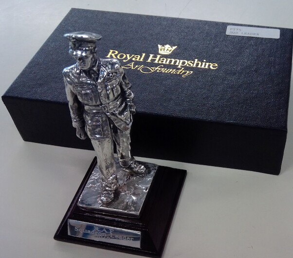 Royal Hampshire Art Foundry Desk Model RAF Squadron Leader 1940  RH-LEADER PT75
